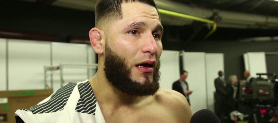 [VIDEO] Luchador de la UFC se agarra a golpes con un contrincante en plena entrevista