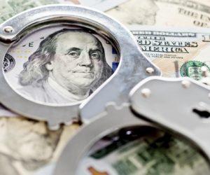 """Abogado Mark Fisher aseguró que Joseph Capuozzo cobró $ 1 millón en el plan de acciones """"Pump and Dump"""""""