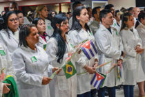 Médicos cubanos fuera de su patria: trabajo forzoso y explotación