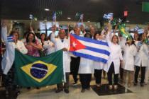 Brasil ofreció residencia y permiso de trabajo a médicos cubanos por dos años