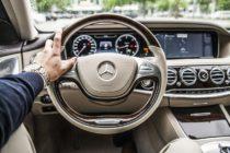 Acusan a supuesto mendigo que pide limosna en Miami de tener un Mercedes Benz (+Video)