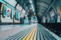 En el último segundo un maquinista del metro de Sao Paulo evitó atropellar a un hombre (video)