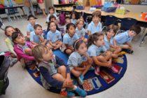 ¡Nuevo programa de Miami! Niños de kinder activarán cuentas de ahorros