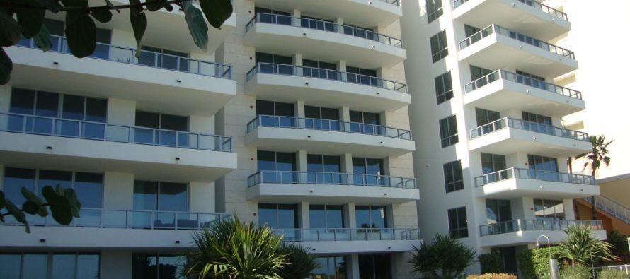 CEO de Kayak.com vende su condominio en Miami Beach por más de 10 millones