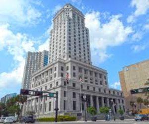 Juzgados de Miami Dade no laborarán el lunes por el Día de los Caídos
