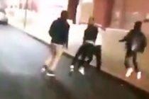 ¡Brutal golpiza! Entrenador de baloncesto recibió paliza por sus propios jugadores (Video)