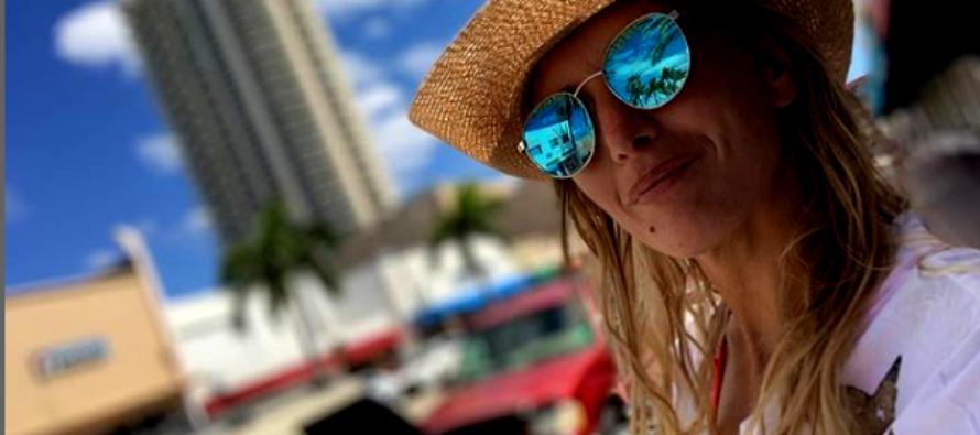 La despampanante rubia Patricia Fierro causó furor en las redes sociales durante su visita a Miami