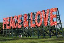 Peace & Love, un «monumento instantáneo» a las víctimas de Parkland