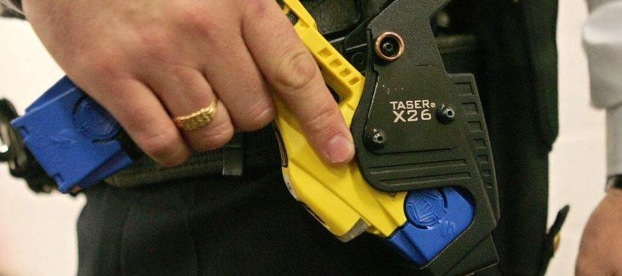 Policía de Miami-Dade pide $ 6.5 millones para adquirir 2,000 tasers sin licitación