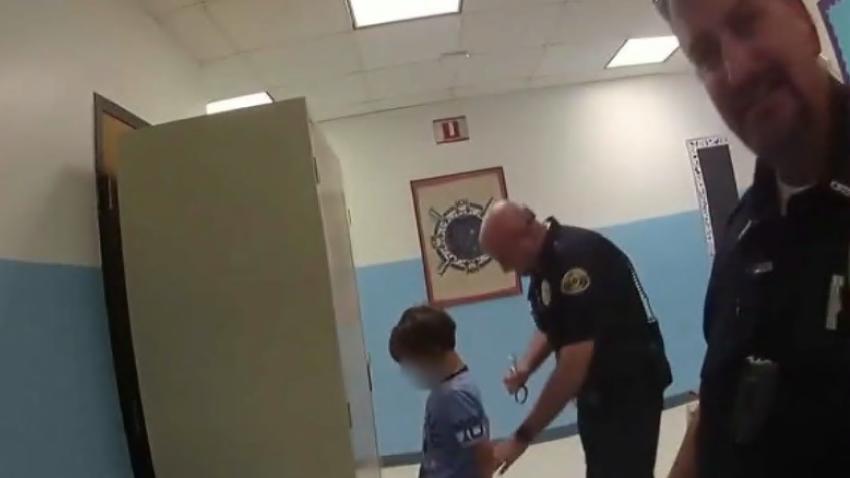Indignación en Estados Unidos: la policía arrestó a un niño discapacitado