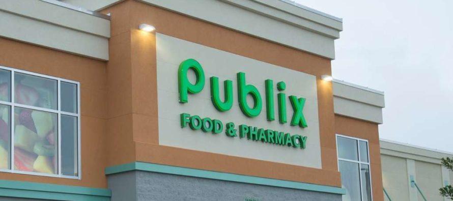 Los empleados de Publix plantan hortalizas para celebrar el Día de Servicio de Publix, Día Mundial del Autismo