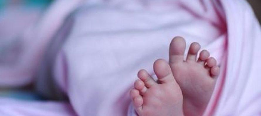 ¡Insólito! Olvidaron a su bebé recién nacido en un taxi