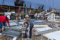 Miles de sobrevivientes de las Bahamas buscan empleo tras el paso de Dorian