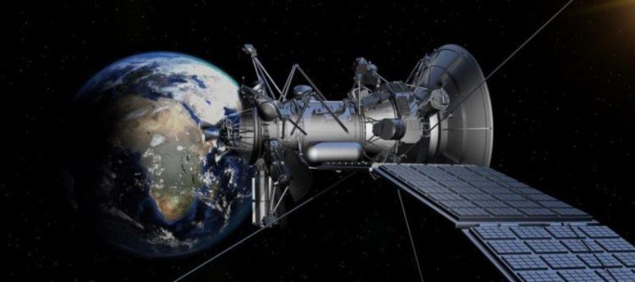 La compañía SpaceX enviará esta noche sus primeros 60 satélites para generar internet desde el espacio