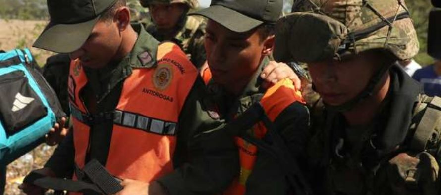 Unos mil miembros de Fuerza Pública venezolana han escapado a Colombia