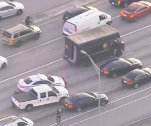 Oficiales de Florida solicitan testigos del tiroteo entre policías y secuestradores de camioneta UPS