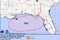 Depresión tropical en el Golfo de México podría azotar a Florida
