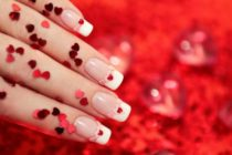Diseños de uñas románticas y artísticas para lucir en el 2020 (fotos)