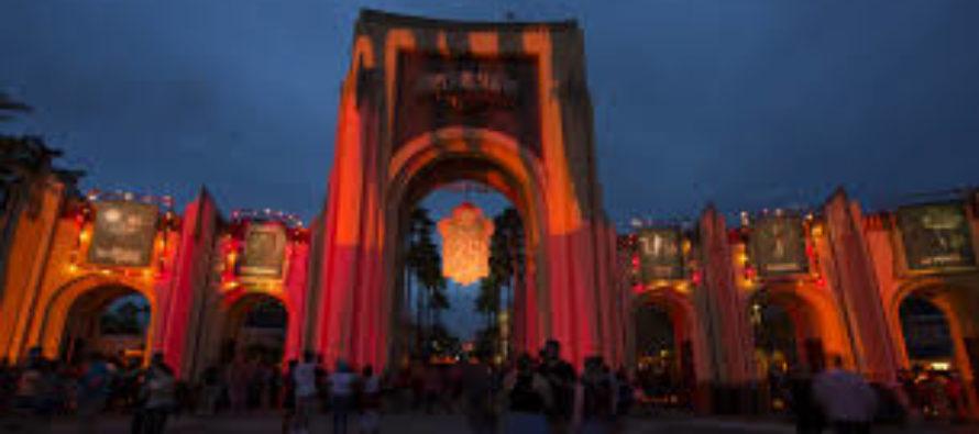 ¡Oportunidad laboral! Universal Orlando Resort busca personal para Halloween Horror Nights