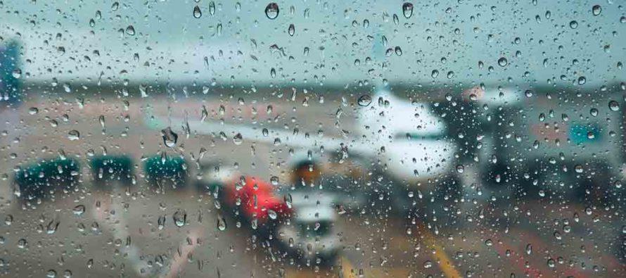 Conozca los vuelos cancelados y retrasados en los aeropuertos de Florida debido al clima