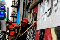 Artista Domingo Zapata acapara la atención del mundo con ambicioso proyecto en el Times Square de Nueva York